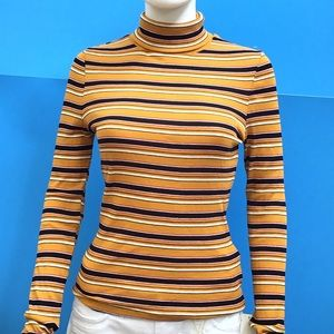 Tops - 💋 NEW STRIPED LONGSLEEVE FROM FRANCE